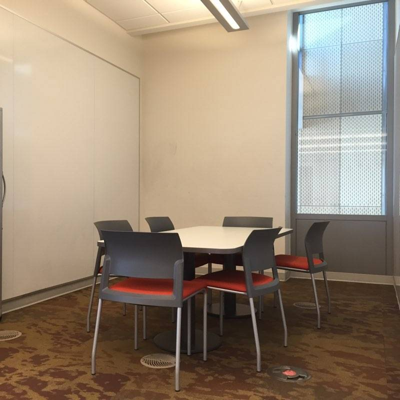 Photo of the innovation zone study alcove