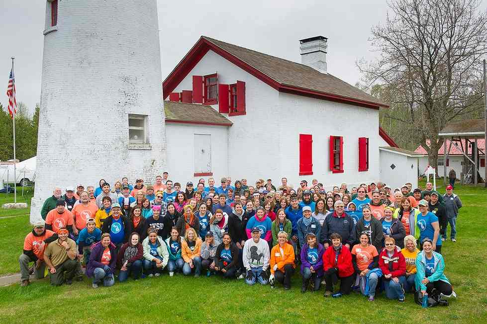 Group photo at Sturgeon Point Lighthouse