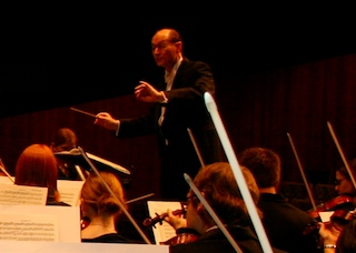 Duitman conducting