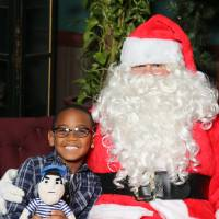 Little Laker poses with Santa & Louie