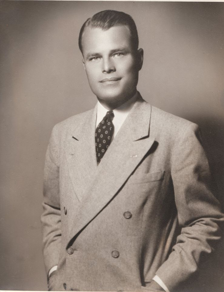 Young Ralph in suit