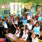 2.1314268905.third-grade-class-with-their-notebooks