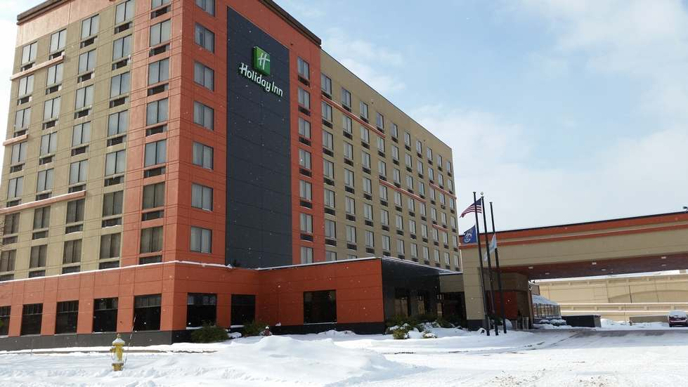Holiday Inn Outside View