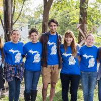 9 GVSU students participating in make a difference day