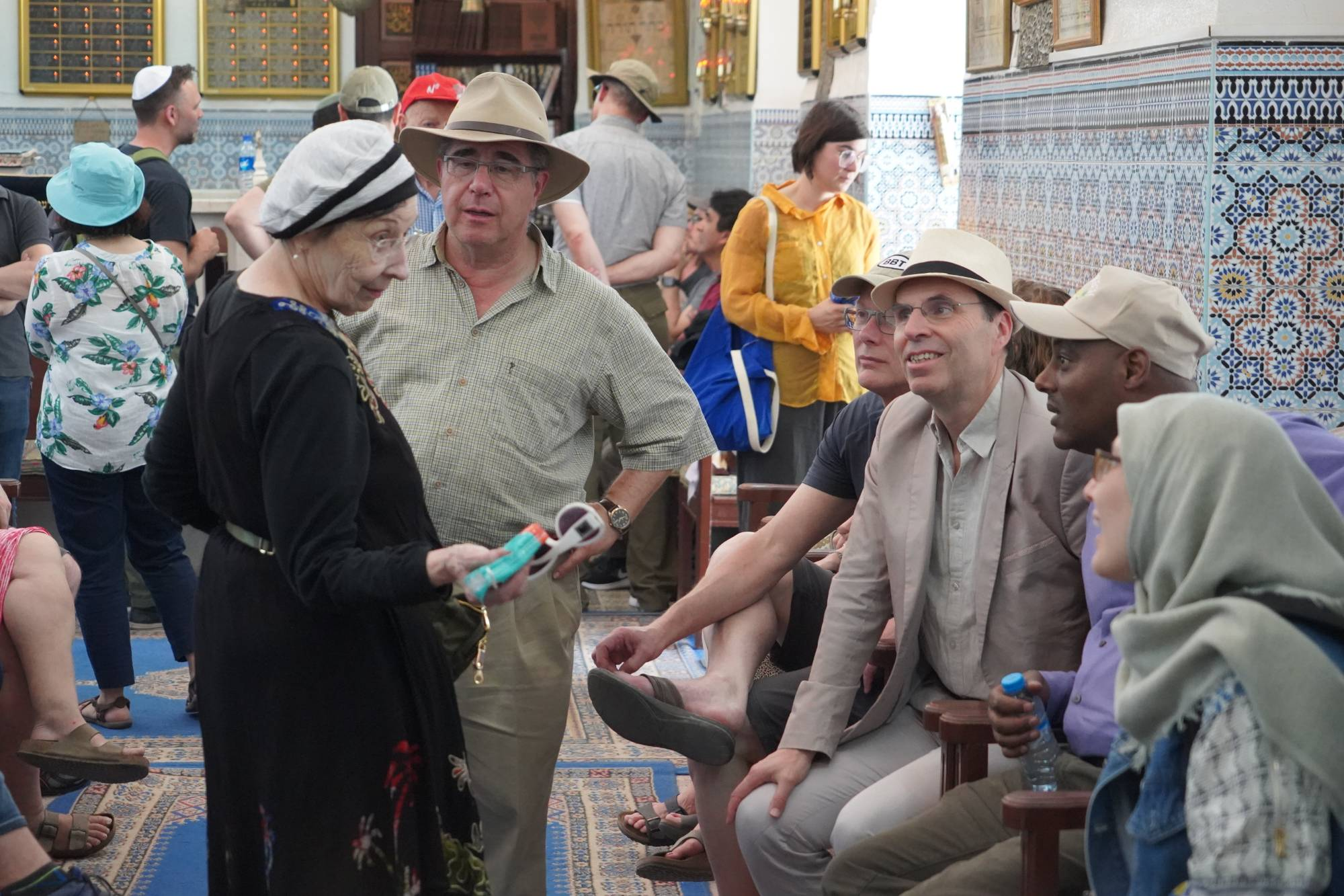 Group discussion in synagogue