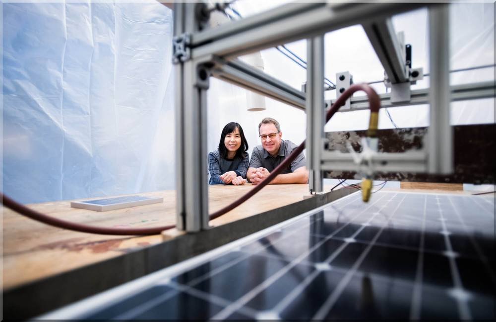 Faculty, Students Conduct Solar Energy Research