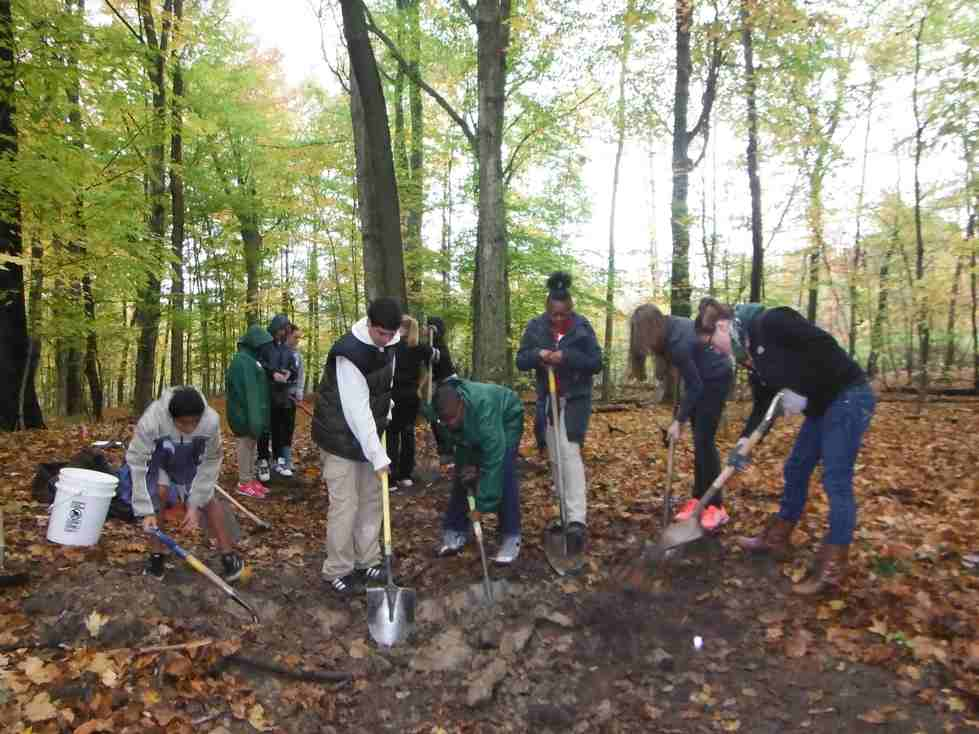 Students from C.A. Frost Environmental Academy working at Blandford Nature Center