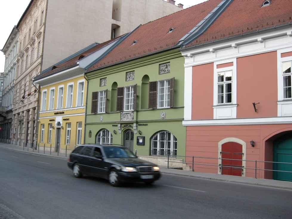 Program Details: ESSCA Budapest - Study Abroad - Grand ...