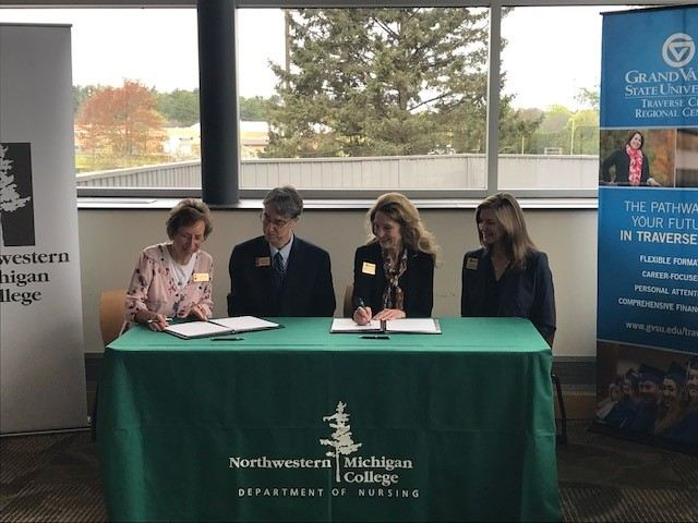 Leaders from GVSU, NMC nursing programs sign concurrent agreement