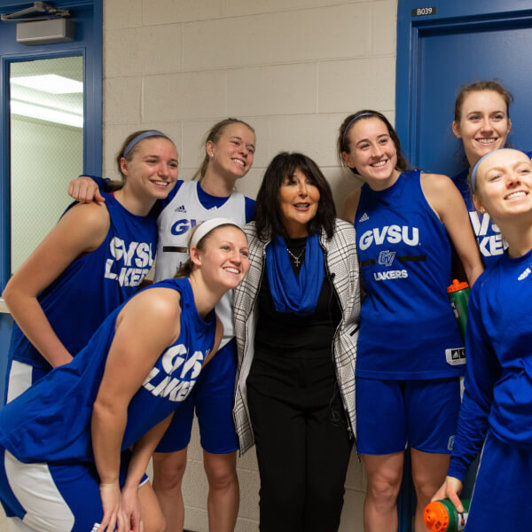 President-elect Mantella pictured with the GVSU Women's Basketball team.