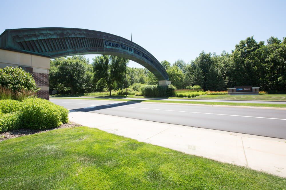 Photo of the GVSU arch.
