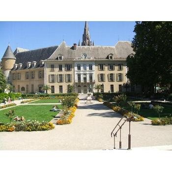 how to study in france university
